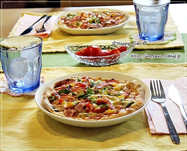 今日のランチはおうちピザと~♪_f0348032_17453759.jpg