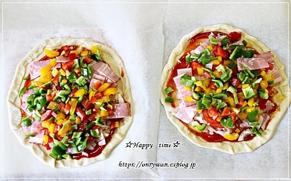 今日のランチはおうちピザと~♪_f0348032_17455006.jpg