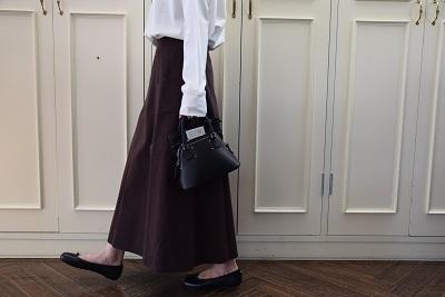 スカートで メリハリ  。_b0110586_14012312.jpg