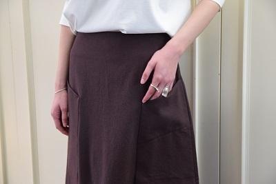 スカートで メリハリ  。_b0110586_14022074.jpg