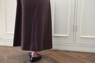 スカートで メリハリ  。_b0110586_14024476.jpg