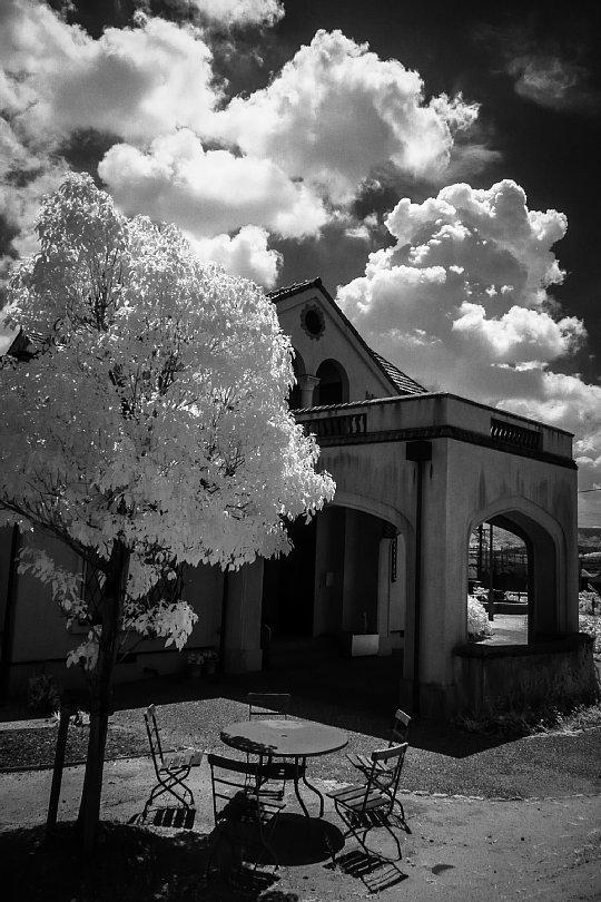 An Old Spanish House Nestling In Infrared Light_d0353489_21550974.jpg
