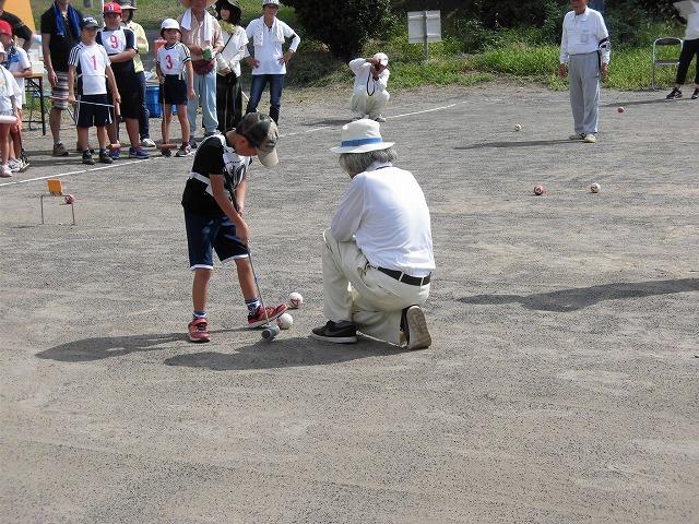 雨が降らず、うだる暑さの中で行われた「第23回 富士市ジュニアゲートボール大会」_f0141310_07342821.jpg