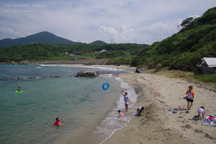 真夏の浜辺で_d0309612_23090403.jpg