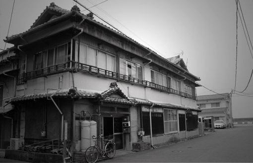 路地裏ときめき☆生石港、色街の名残り「かんたん」・・・_a0329820_01595718.jpg