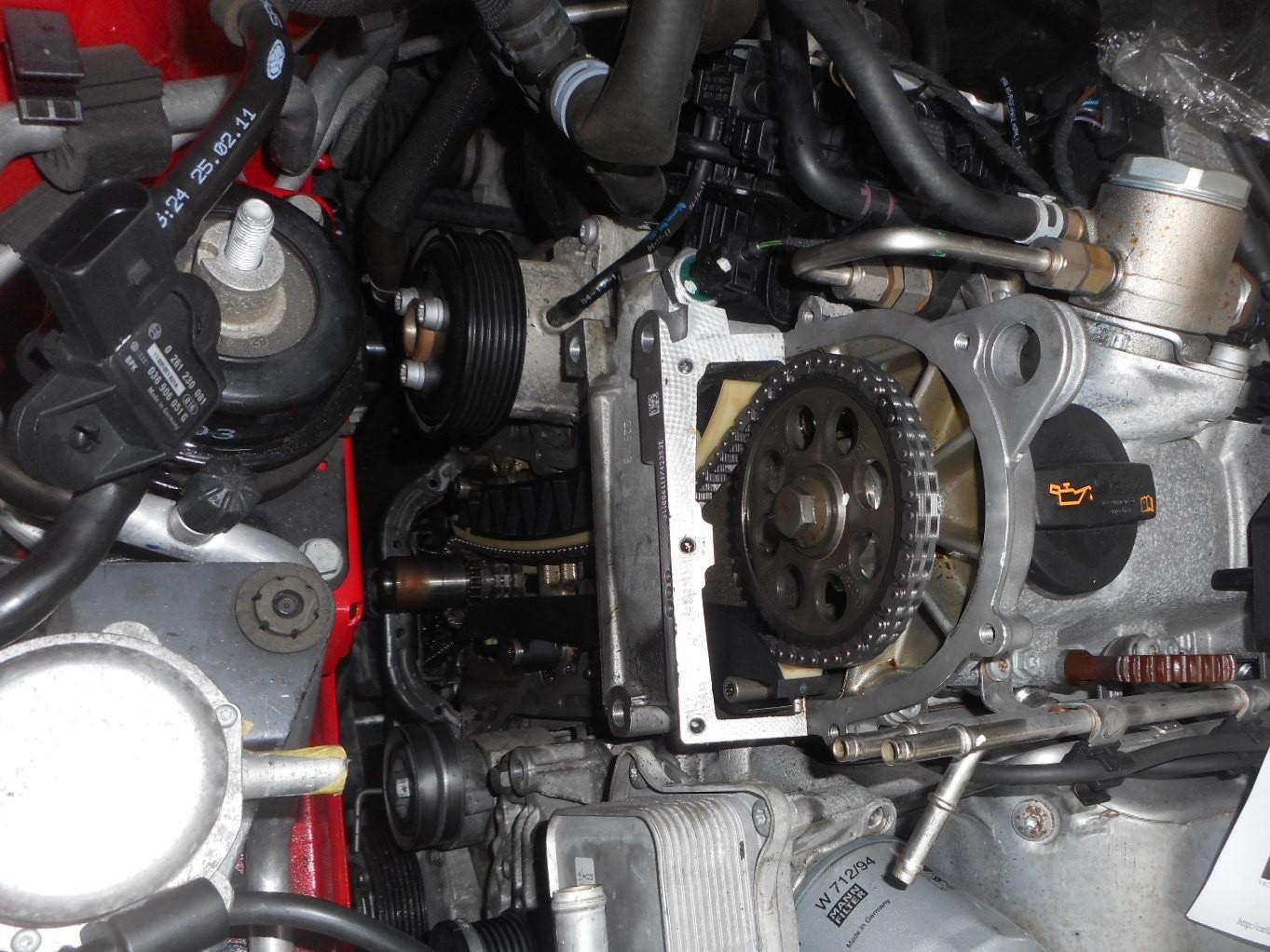 VW ポロ(6R) タイミングチェーン交換_c0267693_16553747.jpg
