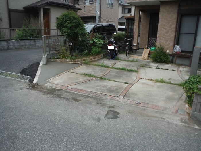 小工事 ~ 駐車場の入口を広げる2。_d0165368_04034205.jpg