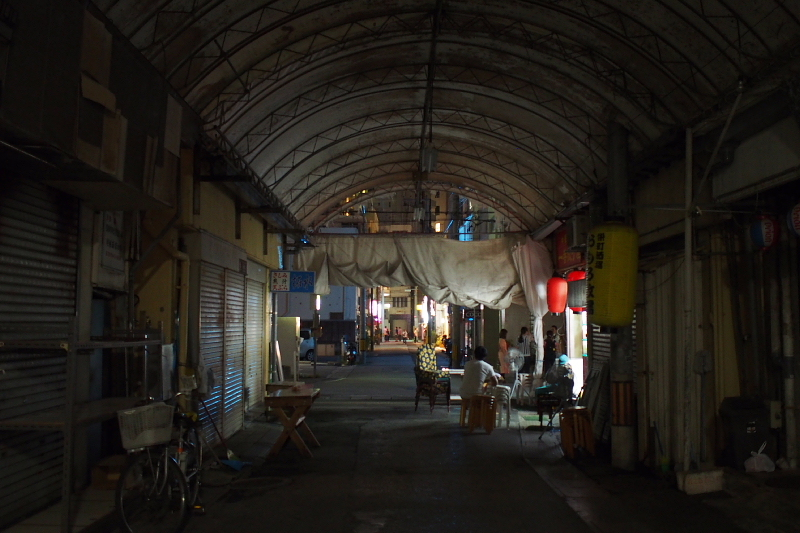 【那覇の超ディープスポット】栄町市場と「ムサシヤ」ブラック_b0008655_16081590.jpg