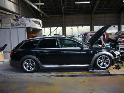 アウディ A6オールロード 車高が上がらない修理 (エアサスペンションポンプ交換)_c0267693_16430692.jpg