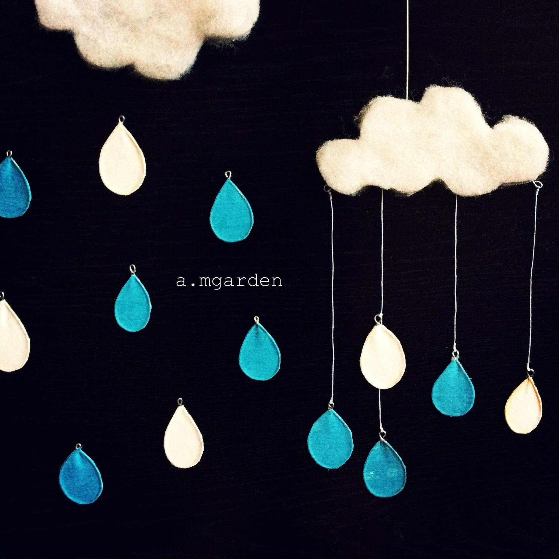雨モビール。_b0125443_16201091.jpeg