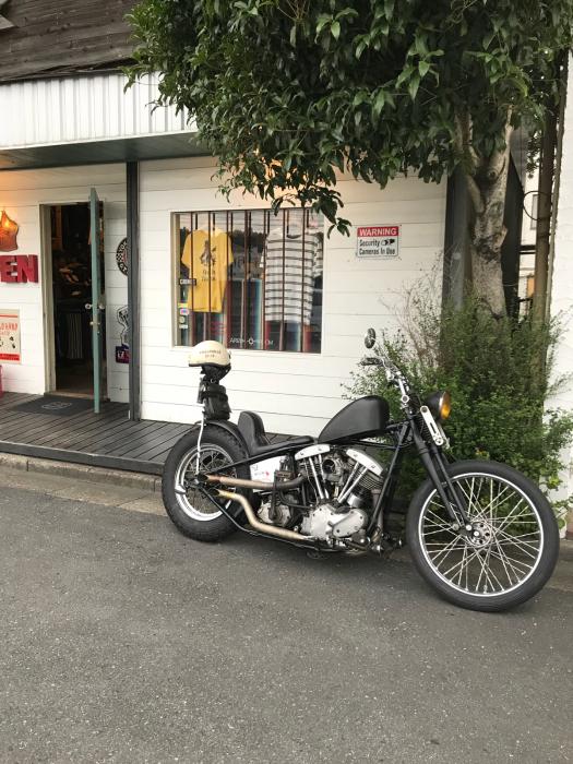 本日のバイク!!_f0194657_18250145.jpg