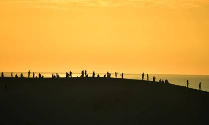撮影をこなした後.......最後に夕方前の鳥取砂丘へ......._b0194185_21460550.jpg