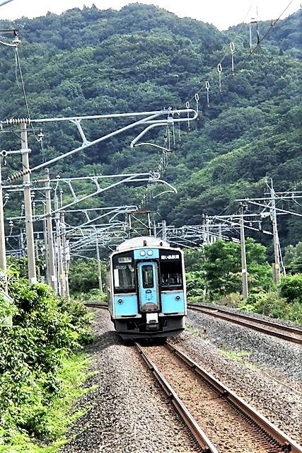 藤田八束の鉄道写真@東北本線の楽しい列車達、奥羽本線のリゾート列車・・・青い森鉄道の貨物列車、モーリー君_d0181492_23244042.jpg