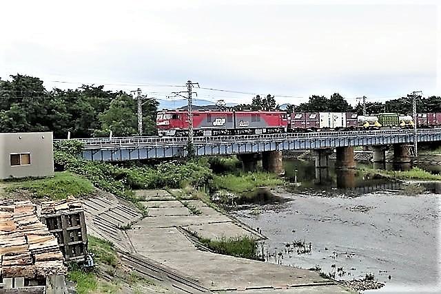 藤田八束の鉄道写真@東北本線の楽しい列車達、奥羽本線のリゾート列車・・・青い森鉄道の貨物列車、モーリー君_d0181492_23253996.jpg