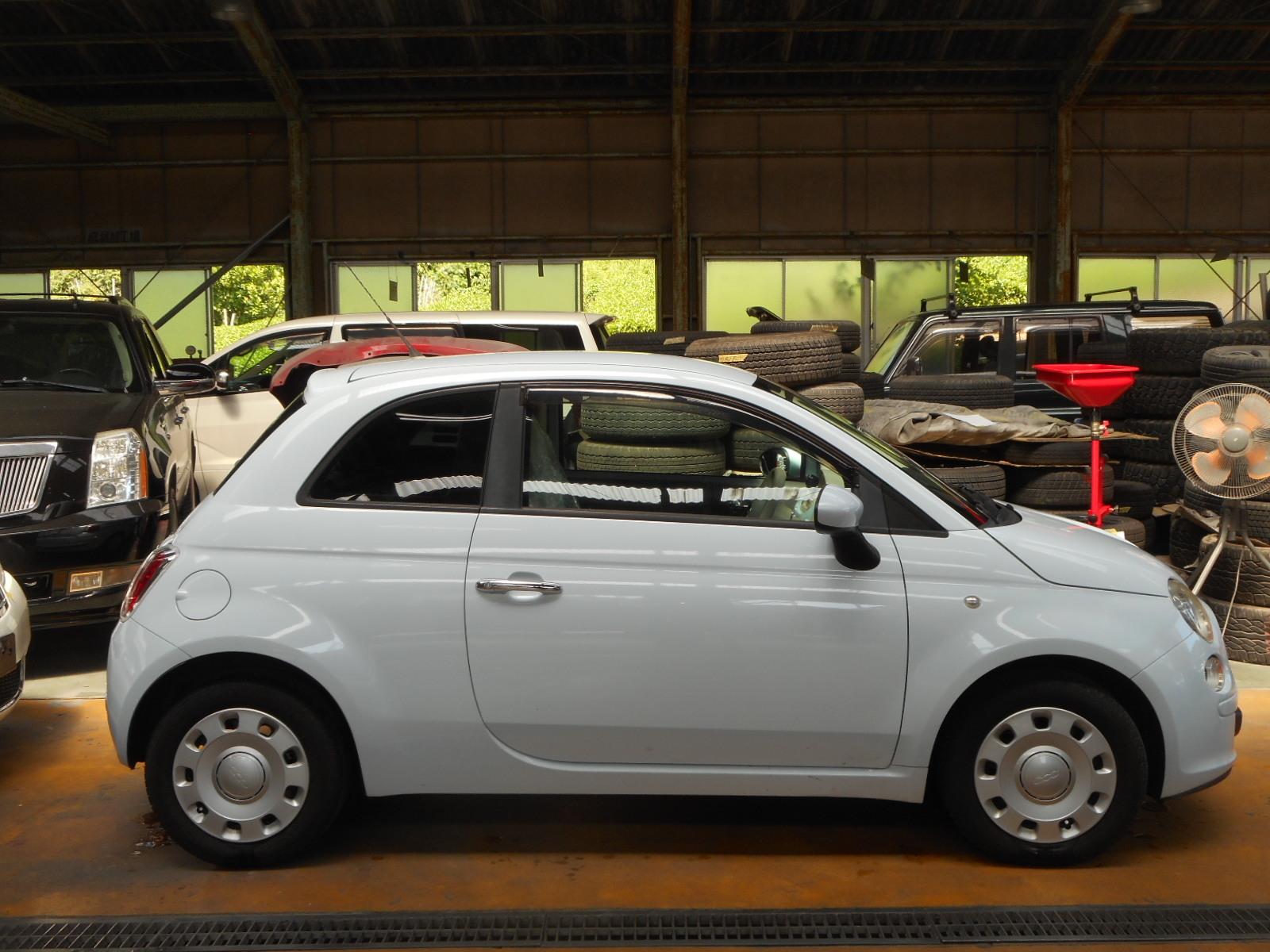 フィアット500 POP 車検整備(ウインカーバルブ交換、プラグ交換他)_c0267693_17415752.jpg