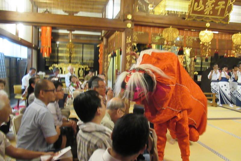 六歳念仏踊り 光福寺_e0048413_18345296.jpg