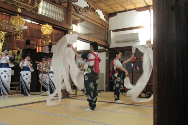 六歳念仏踊り 光福寺_e0048413_18350127.jpg