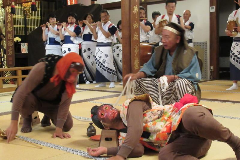 六歳念仏踊り 光福寺_e0048413_18351131.jpg