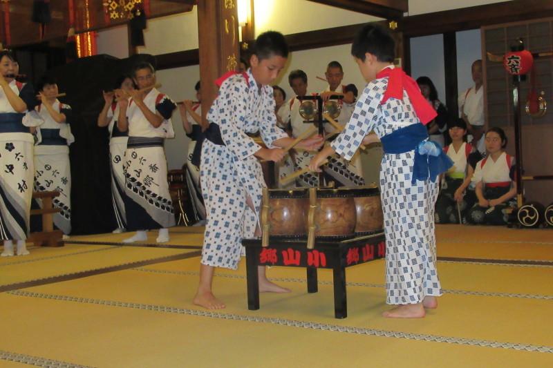 六歳念仏踊り 光福寺_e0048413_18354019.jpg