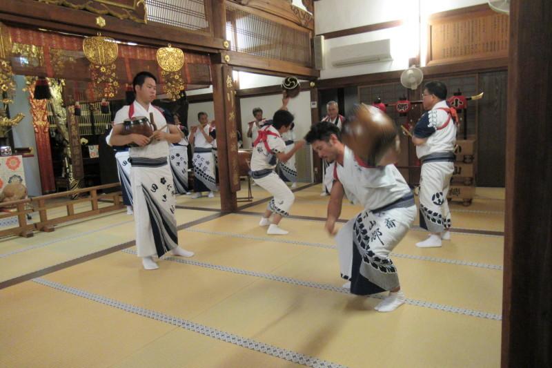 六歳念仏踊り 光福寺_e0048413_18360669.jpg