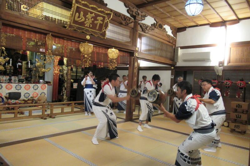 六歳念仏踊り 光福寺_e0048413_18361631.jpg