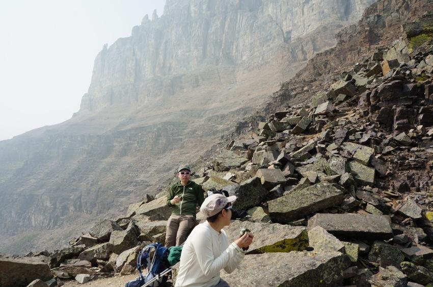必ずリベンジしたくなる山歩き ラーチバレー_d0112928_05581506.jpg