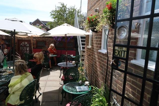 アランドルのティールーム Belinda\'s Tea Room_f0380234_05053071.jpg