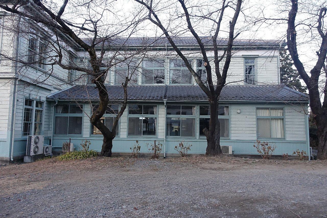 須坂の旧上高井郡役所_c0112559_08121848.jpg