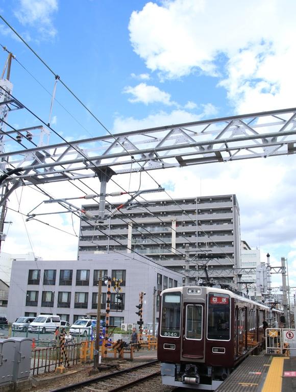 阪急8040系 正雀回送_d0202264_14354650.jpg