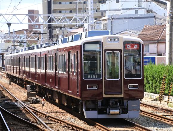 阪急8040系 正雀回送_d0202264_14361878.jpg