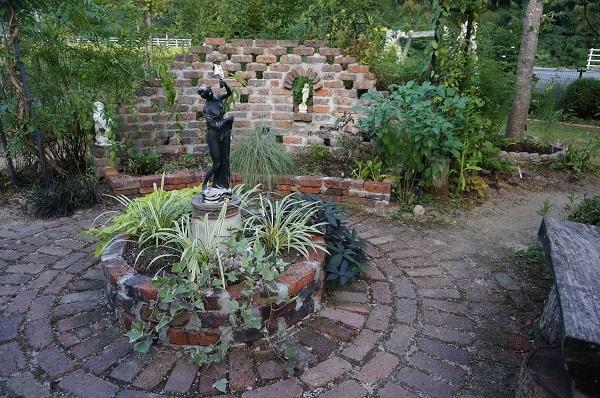 庭、あれこれ_e0365880_22312640.jpg