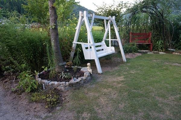庭、あれこれ_e0365880_22314922.jpg