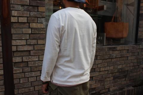 "Jackman \""別注 Henleyneck L/S T-shirt\"" ご紹介_f0191324_08220239.jpg"