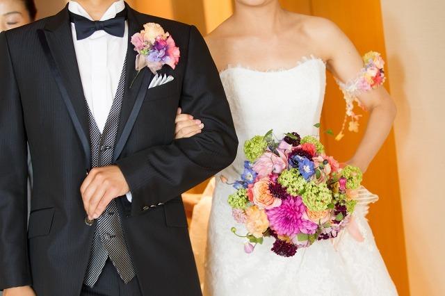 卒花嫁様アルバム パレスホテルの花嫁様より あでやかに 手にするほど好きになるブーケ_a0042928_12413050.jpg