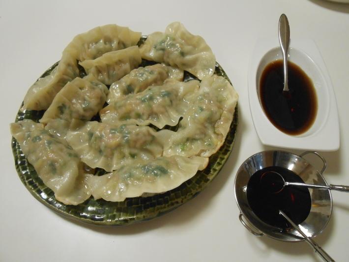 餃子はやっぱり自分で作る方が美味しい!_a0095931_18253692.jpg
