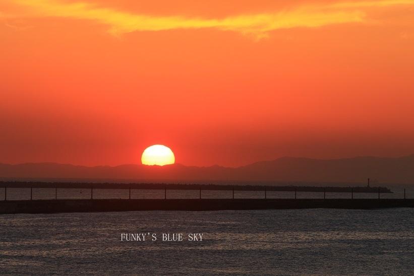 陽は昇る_c0145250_09234305.jpg