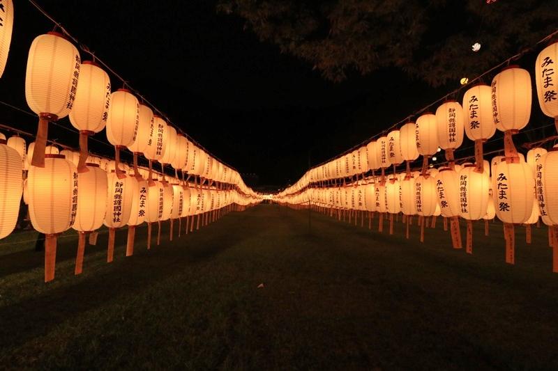 万灯みたま祭@護国神社・3♪_a0167759_131711.jpg