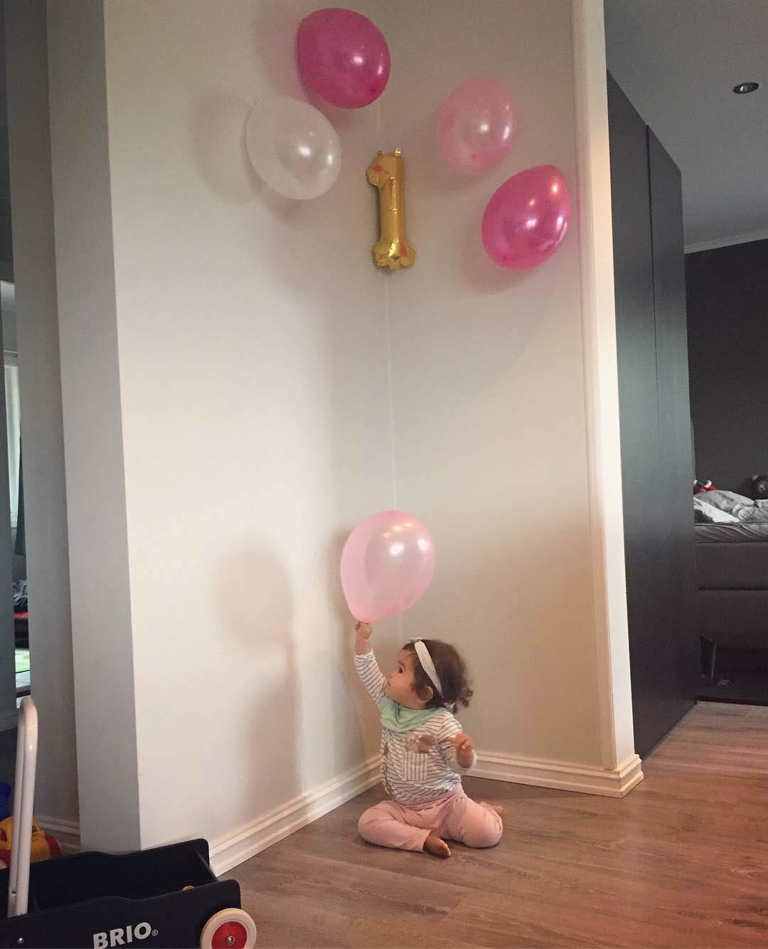 娘1歳になりました_a0229904_06272997.jpg
