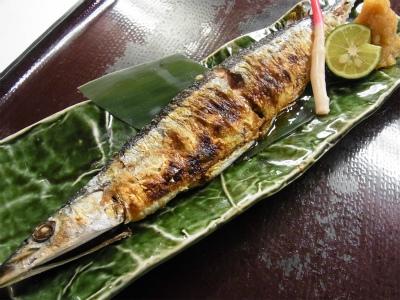初物新秋刀魚_f0157910_10260569.jpg