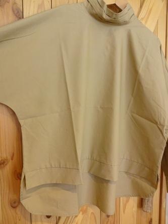 【襟元デザインと美シルエットで大人コーデ】_c0166624_14522160.jpg