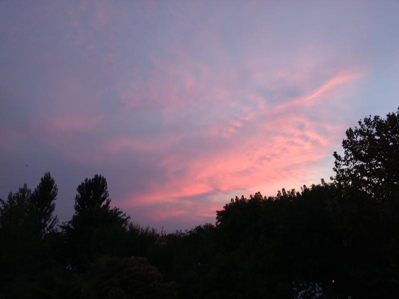 海辺の町のきれいな夕焼け、リミニ_f0234936_6445355.jpg