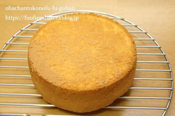 休日のキッチンデートは、ケーキ作り(o^^o)_c0326245_13254738.jpg