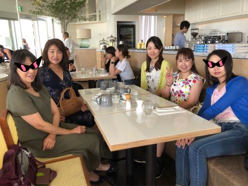 bills 七里ヶ浜_e0292546_22502968.jpg