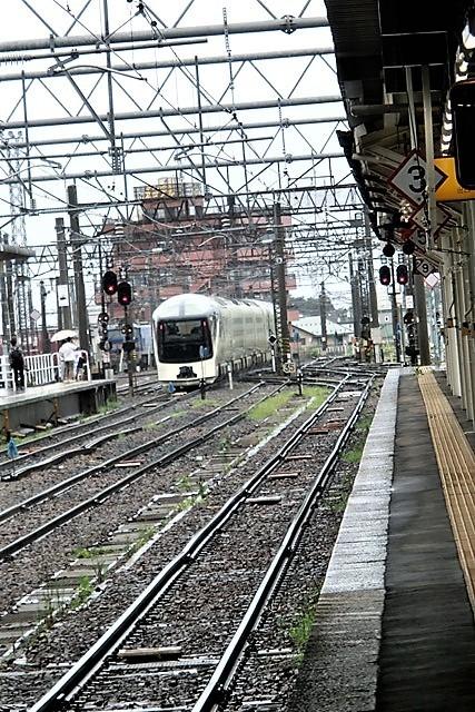 藤田八束の鉄道写真@東北本線の楽しい列車達、奥羽本線のリゾート列車・・・青い森鉄道の貨物列車、モーリー君_d0181492_19434458.jpg
