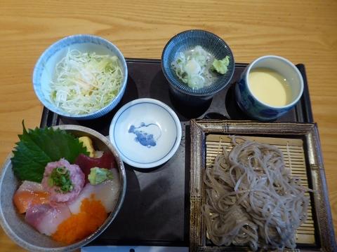 昼食と畑ー2_e0087201_2137788.jpg