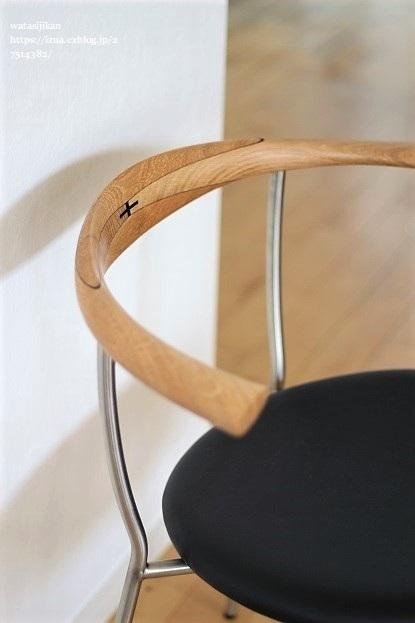 ハンス・J・ウェグナー(PP701)の椅子_e0214646_22213724.jpg