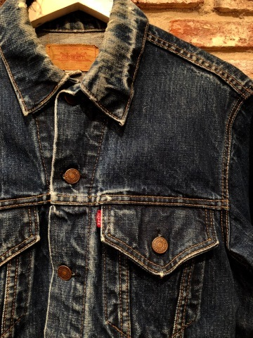 "Late 1960s "" LEVI\'S \"" - 70505 BIG E - VINTAGE DENIM TRUCKER JACKET ._d0172088_19184673.jpg"