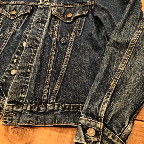 "Late 1960s "" LEVI\'S \"" - 70505 BIG E - VINTAGE DENIM TRUCKER JACKET ._d0172088_21490352.jpg"