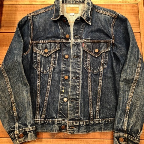 "Late 1960s "" LEVI\'S \"" - 70505 BIG E - VINTAGE DENIM TRUCKER JACKET ._d0172088_21493701.jpg"