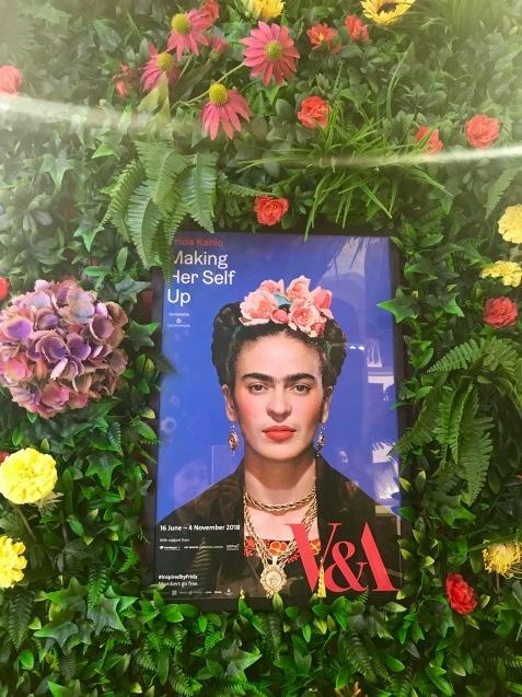 V&A博物館のフリーダ・カーロ展、Frida Kahlo - Making Her Self Up_e0114020_06584188.jpg